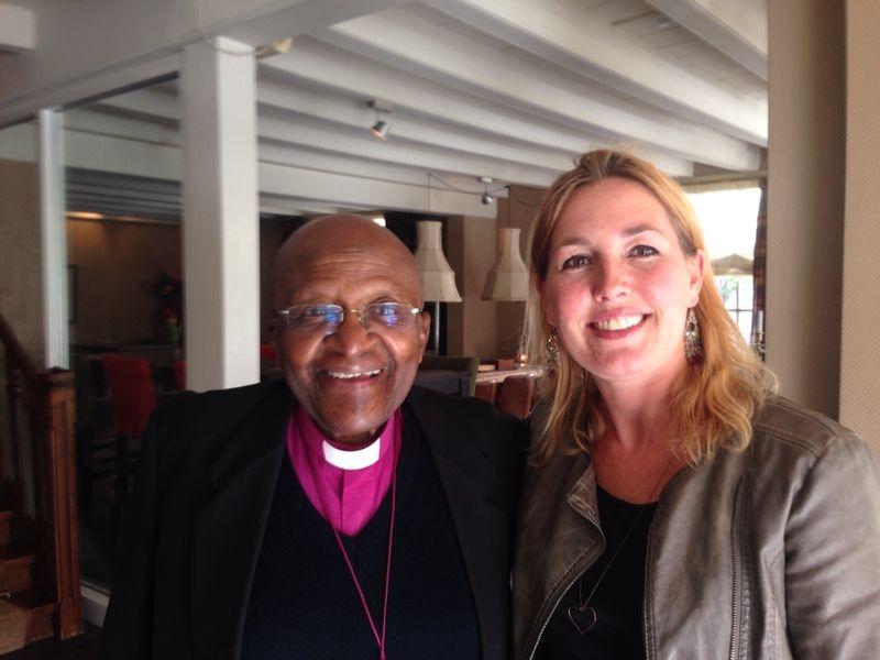 Desmond Tutu en Caroline Berends