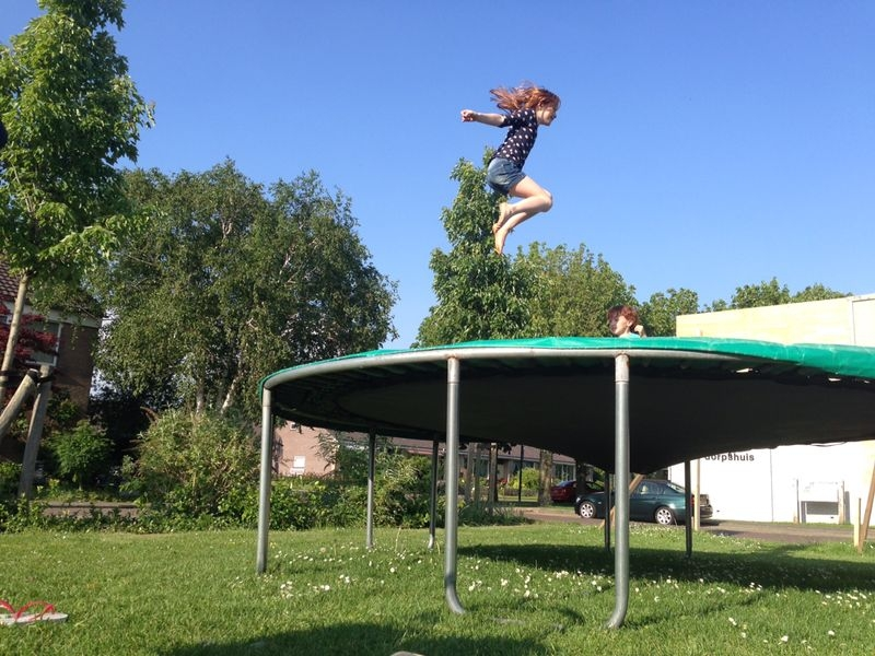 trampoline Fetha